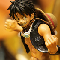 Special Features [AKIBAショールーム] テーマ展示「ONE PIECE FILM GOLD特集展示」を開催中!
