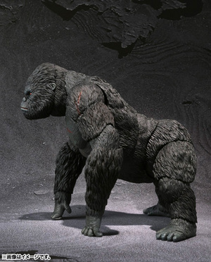 S.H.MonsterArts KING KONG The 8th Wonder of the World 02