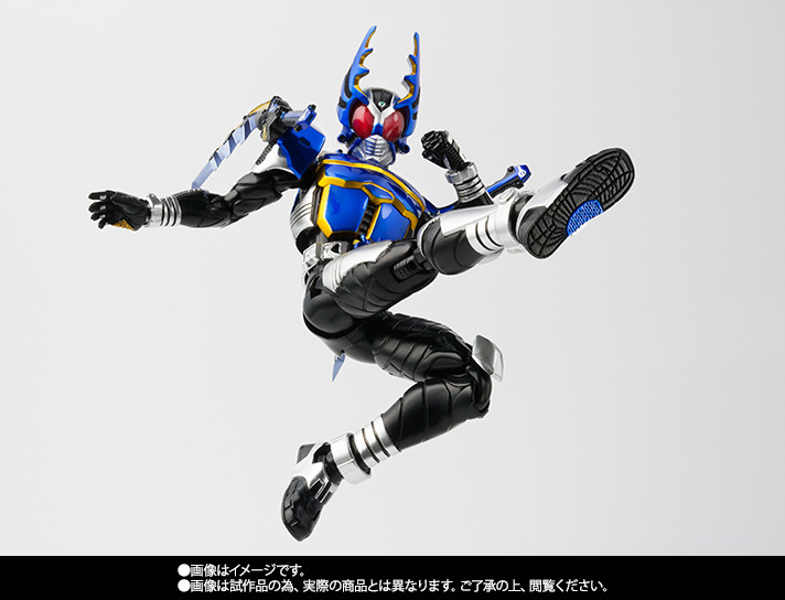 S.H.Figuarts(真骨彫製法) 仮面ライダーガタック ライダーフォーム 05