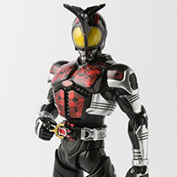 S.H.Figuarts(真骨彫製法) 仮面ライダーダークカブト