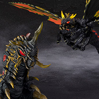 S.H.MonsterArts バトラ(成虫)&バトラ(幼虫)Special Color Ver.