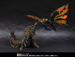 S.H.MonsterArts バトラ(成虫)&バトラ(幼虫)Special Color Ver. 05