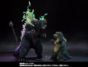 S.H.MonsterArts スペースゴジラ&リトルゴジラ Special Color Ver. 02